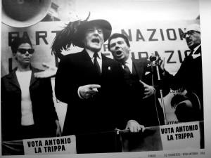vota_antonio_la_trippa54x34